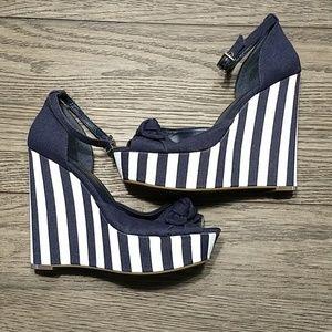 Jessica Simpson Striped Platform Shoes 7 1/2